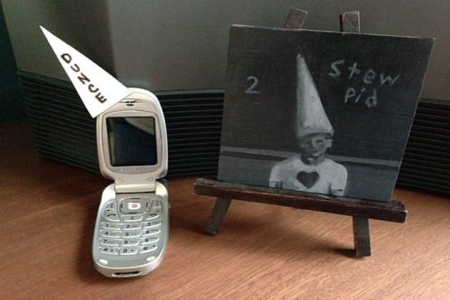 Dunce Phone
