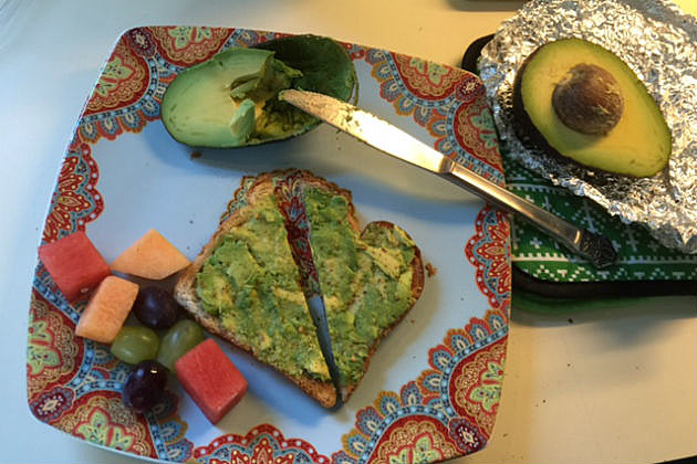 avocado toast and fruit